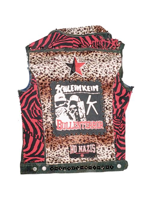 http://dennisduijnhouwer.com/files/gimgs/137_rockpak-site01a.jpg