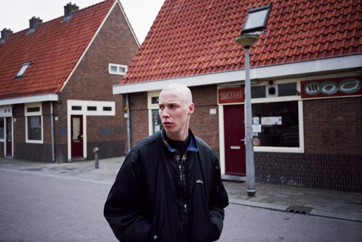 http://dennisduijnhouwer.com/files/gimgs/35_iemand25c.jpg