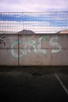 68_girls01b.jpg